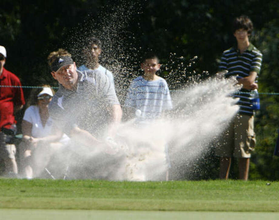 Roger Clemens found himself in the sand at No. 1 during his round on Saturday. Photo: Nick De La Torre, Chronicle