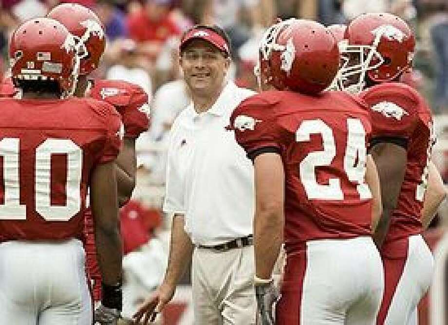 Tulsa assistant Gus Malzahn (shown while at Arkansas) got a Q&A with Dave Maggard on Monday. Photo: University Of Arkansas