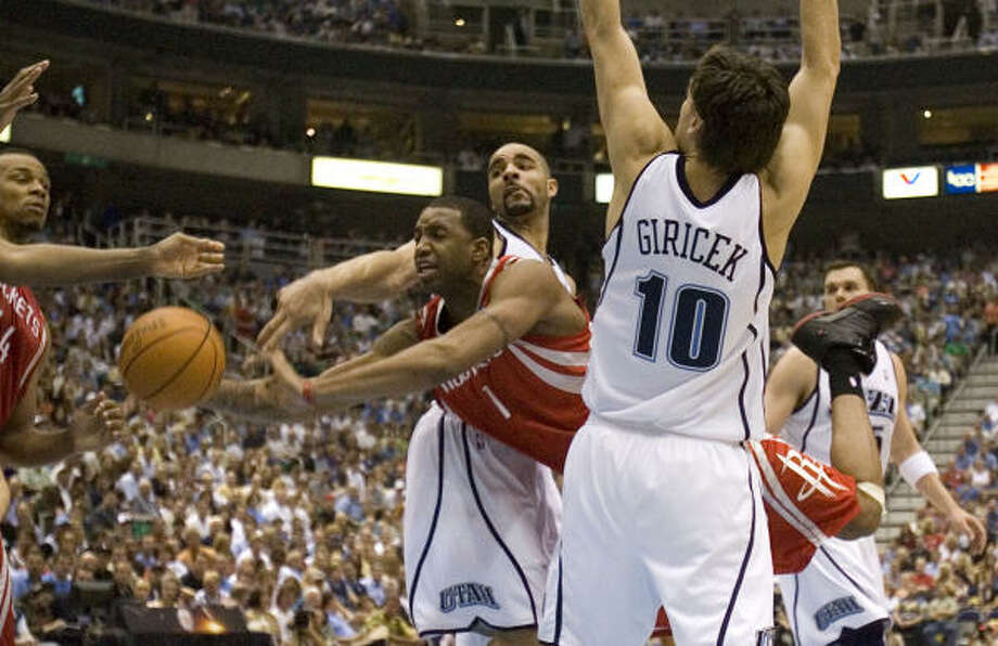 Tracy McGrady and the Rockets found things much tougher once the series moved to Utah. Photo: Smiley N. Pool, Chronicle