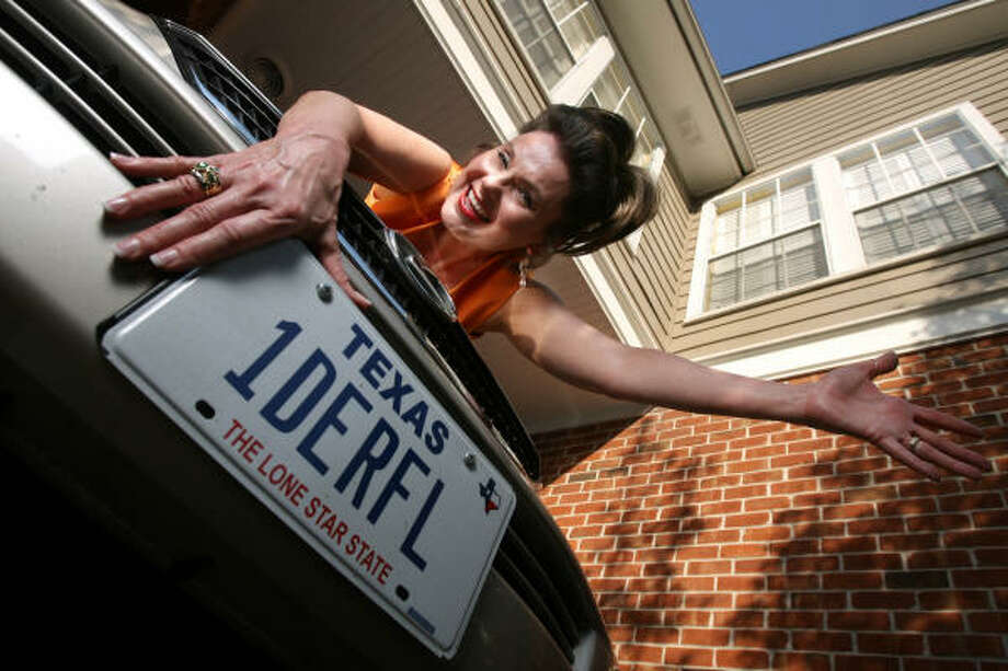 Jeanene Hanna has had 1DERFL on her license plate for about 25 years now. Wonderful was what her husband of 35 years always called her. Photo: Mayra Beltran, Chronicle