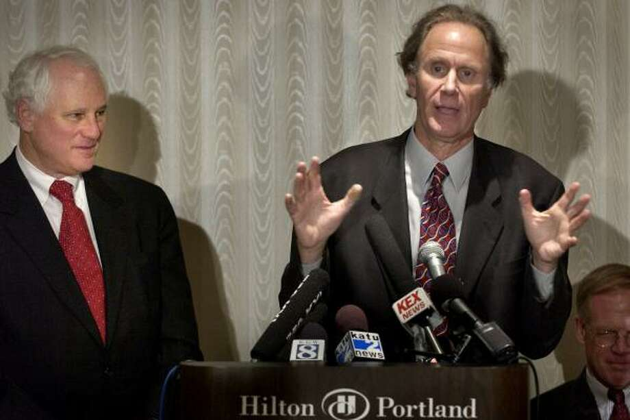 Enron to sell Portland General Electric to Oregon Electric Utility.  Pictured:  Neil Goldschmidt, left, and David Bonderman -- founder of Texas pacific Group.  Bruce Ely 381-2530   HOUCHRON CAPTION (11/19/2003):  Former Oregon Gov. Neil Goldschmidt, left, and Texas investor David Bonderman worked out a deal for Enron to sell its most valuable asset, Portland General Electric.    HOUCHRON CAPTION (01/17/2004):  CONTINENTAL CLASH -  GORDON BETHUNE CHAIRMAN AND CEO -VS.- DAVID BONDERMAN (PICTURED) CONTINENTAL BOARD MEMBER MANAGING PARTNER, TEXAS PACIFIC GROUP.  HOUCHRON CAPTION (03/11/2005) SECBIZ COLORFRONT:  SALE BLOCKED: David Bonderman has been trying to buy Portland General Electric. Photo: Bruce Ely, The Oregonian