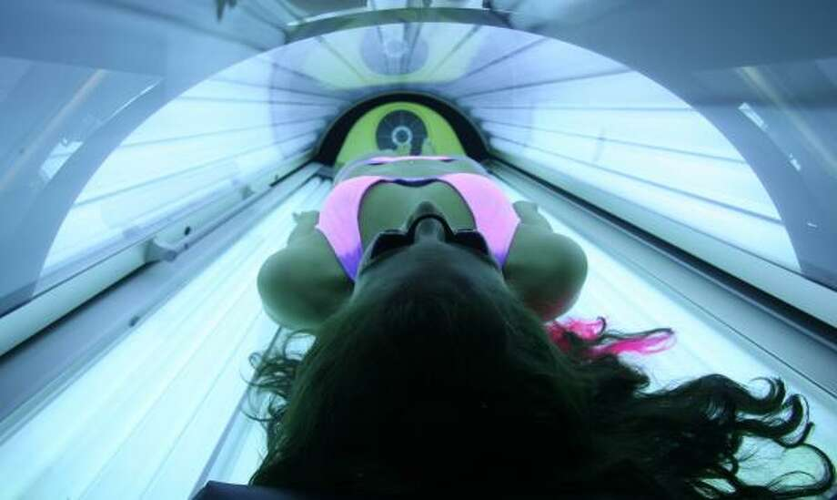 Darque Tan falsely claimed customers at its 60 indoor tanning facilities would benefit from increased Vitamin D levels and reduced cancer risks. Photo: Mayra Beltran, Chronicle