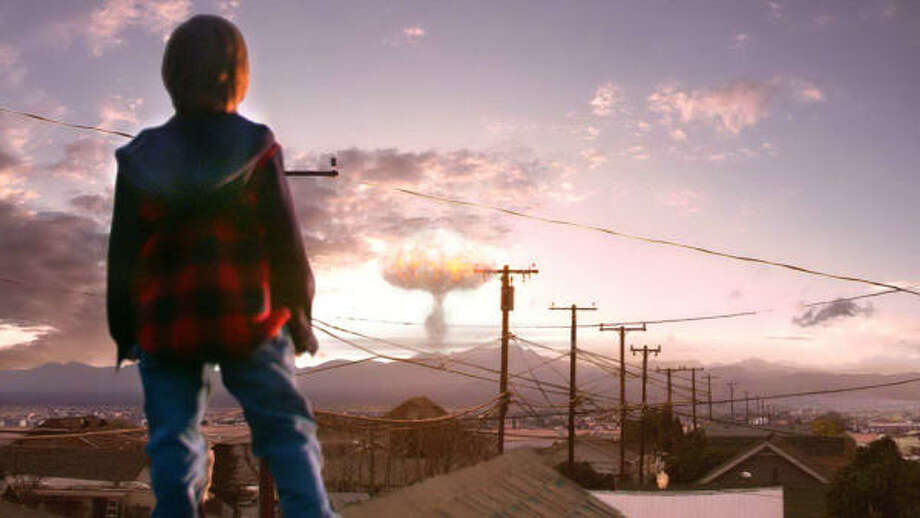 When a nuclear mushroom cloud suddenly appears on the horizon, the residents of Jericho are plunged into chaos. Photo: CBS