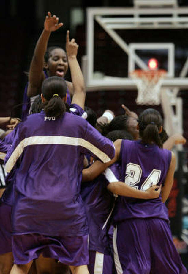 The Prairie View players want to experience the thrill of winning another SWAC women's title. Photo: Butch Dill, AP