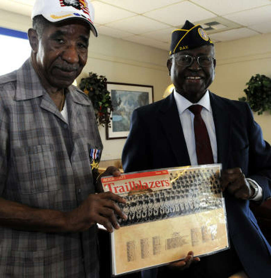 During his service in Korea, Ernest Shaw, left, with Dorris Knotts, was awarded the Silver Star for gallantry in combat. He also was one of the first African-American officers to lead an integrated  command. Photo: Kim Christensen, Freelance
