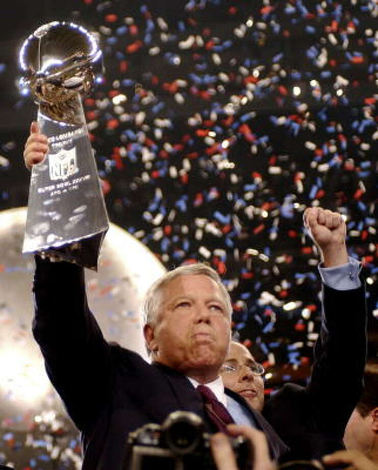 On the date of last year's MLS Cup final, Bob Kraft chose to watch the NFL instead of soccer. Photo: DAVE MARTIN, AP