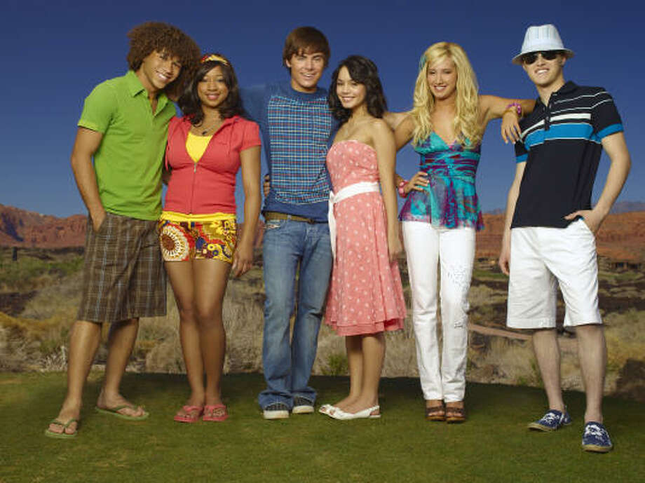 High School Musical 2stars Corbin Bleu,  Monique Coleman, Zac Efron, Vanessa Hudgens, Ashley Tisdale and Lucas Grabeel. Photo: BOB D'AMICO, ©2007 DISNEY CHANNEL