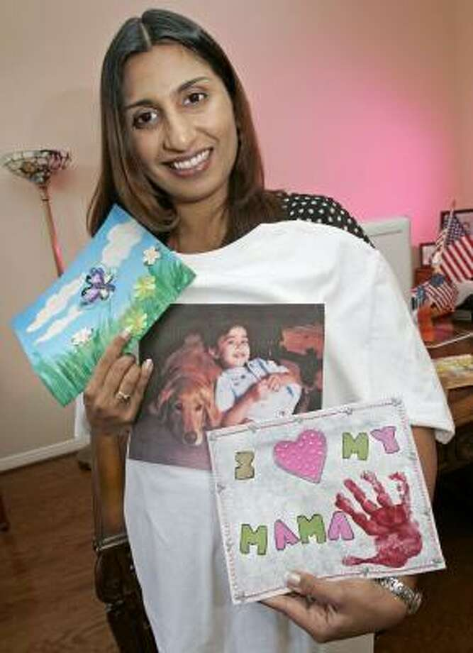 Amita Shimpi Bhalla, a neurologist, developed a swatch to allow parents to show off their children's artwork on T-shirts. Photo: CRAIG H. HARTLEY, FOR THE CHRONICLE