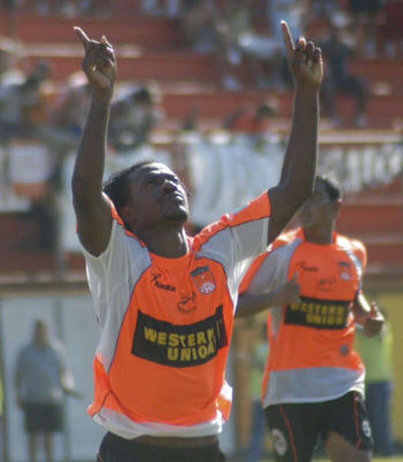 Puntarenas FC forward Kurt Bernard celebrates after scoring the lone goal on a deflected shot during injury time in the second half. Photo: Pensa Libre