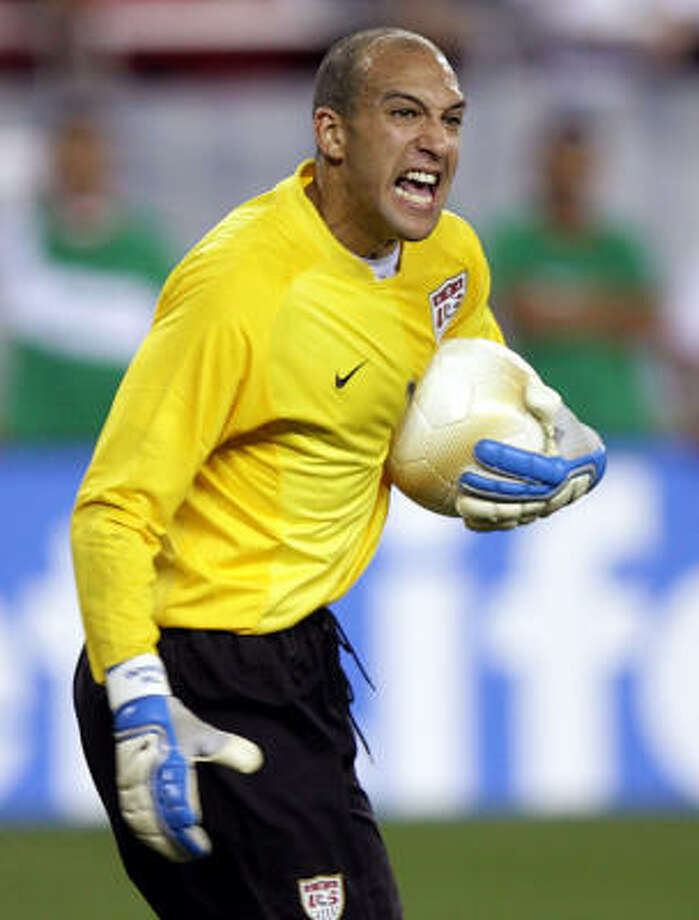 U.S. goalkeeper Tim Howard (pictured) is Kasey Keller's main competition for a starting spot on the national team ahead of the 2010 World Cup. Photo: Paul Connors, AP