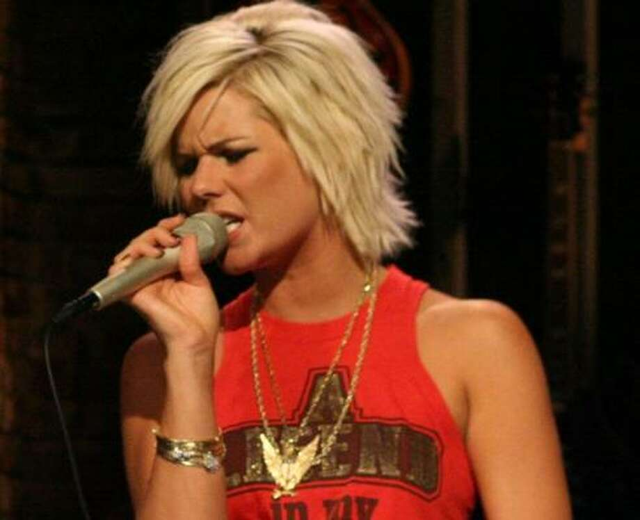 Former American Idol finalist Kimberly Caldwell hits the Woodlands Feb. 24 for a charity gala. Photo: Brian Tipton, CMT.COM