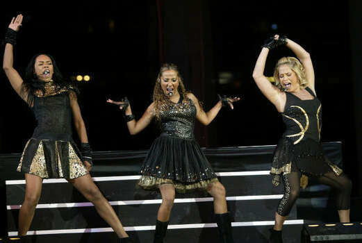 The Cheetah Girls perform Sunday after Hannah Montana. Photo: Jessica Kourkounis, For The Chronicle
