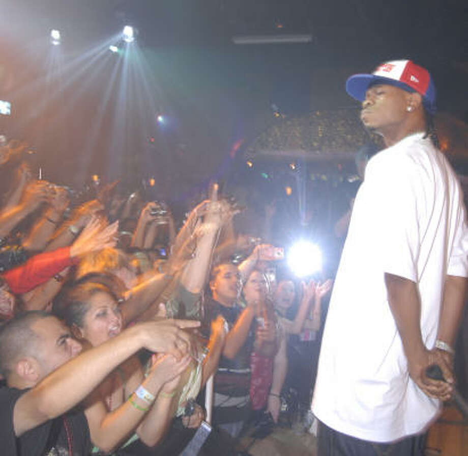 Chamillionaire absorbs the adulation of the crowd at a CD release party in his hometown. Photo: Tony Bullard, For The Chronicle