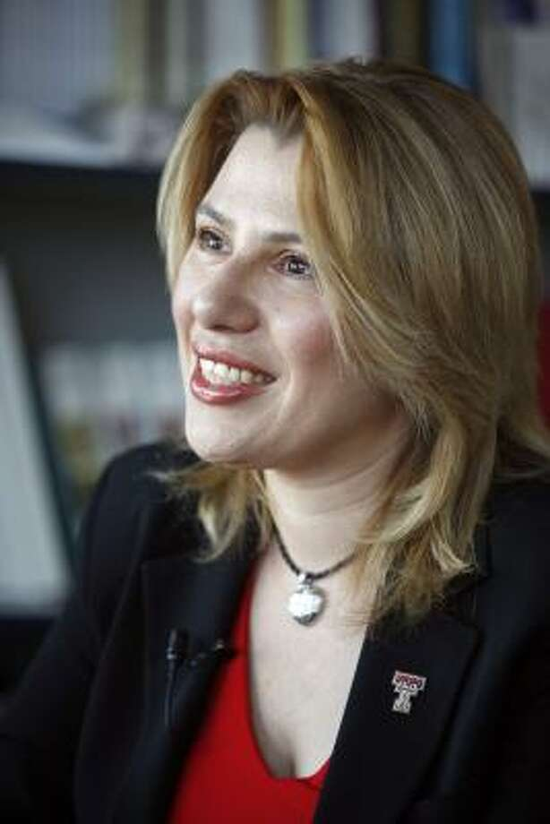 Hungarian-American Susan Polgar, four-time women's world chess champion, began playing the game when she was 4 years old. Photo: ALEXANDRE MENEGHINI, ASSOCIATED PRESS