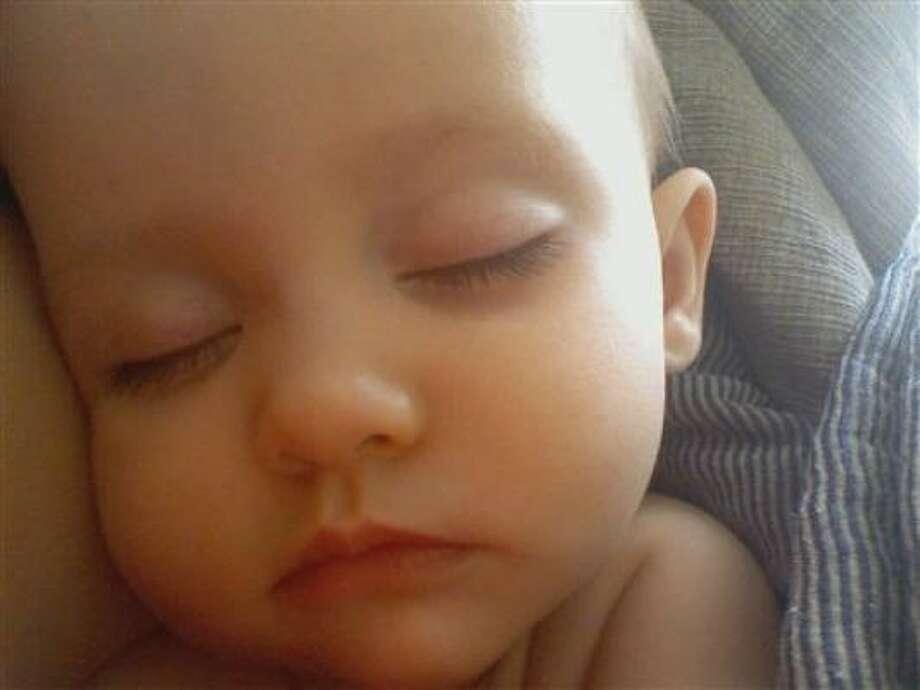 sleepy Hayden: My beautiful baby girl sleeping. Photo: Syd87, Chron.commons