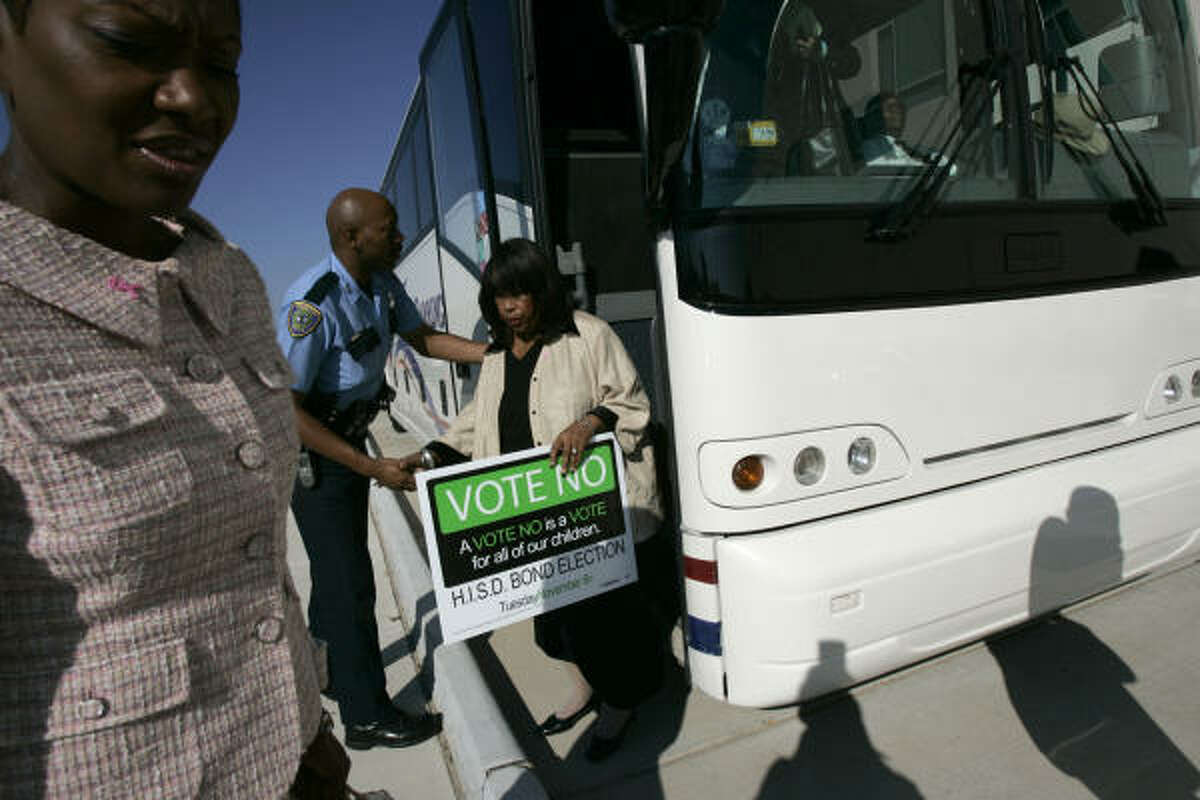 A group of local politicians including Jolanda Jones, left, and Sandra Massie Hines joined Congresswoman Sheila Jackson Lee and State Rep. Sylvester Turner on a bus ride tour of eight churches to speak about the bond issue.