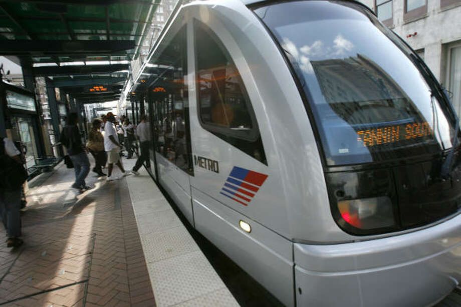 Federal funds will help expand Houston's light-rail lines. Photo: Johnny Hanson, Chronicle