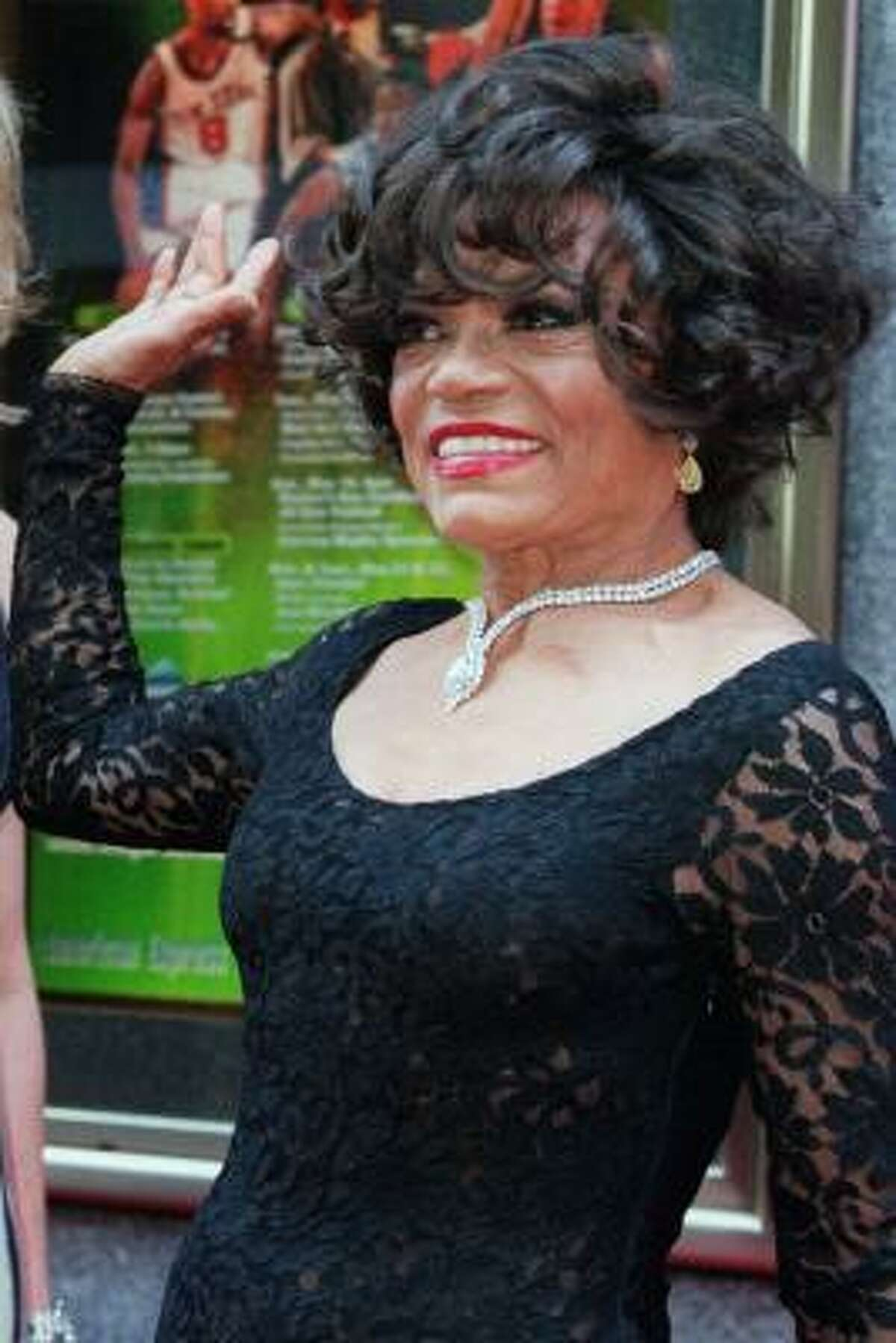 Eartha Kitt arrives for the 54th Annual Tony Awards Sunday, June 4, 2000, at New York's Radio City Music Hall. Kitt is nominated for a Tony Award in the Best Performance by a Featured Actress in a Musical category for her role as Dolores in 'The Wild Party.'