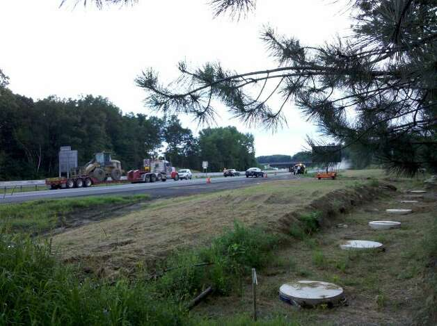 Site of a gas leak on the Thruway between exits 24 and 23 in Guilderland. (Jordan Carleo-Evangelist/Times Union)