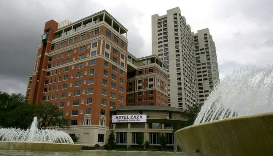 Hotel ZaZa is designed to appeal to the young, hip and rich. Photo: Karen Warren, Chronicle