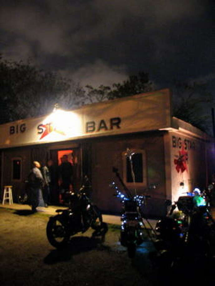 Big Star Bar is located off of 19th Street just past Durham. Photo: Jordan Graber, For The Chronicle