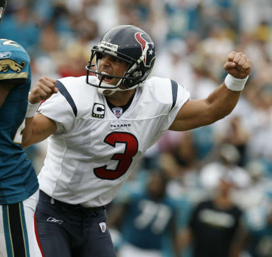 Sept. 28, 2008:Texans kicker Kris Brown connected on a 47-yard field goal with one second remaining to send the season's first meeting with the Jaguars into overtime tied at 27. Jacksonville, however, won 30-27 on Josh Scobee's 37-yard field goal. Photo: Karen Warren, Chronicle