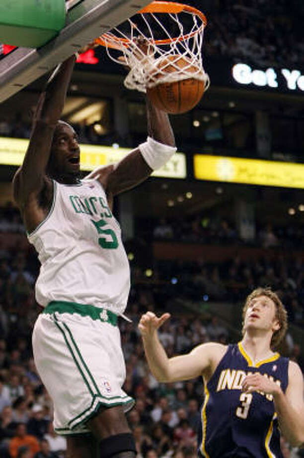 BOSTON CELTICS - (Last wk: 1) - Record: 20-2  They're not just winning games, they're beating folks down. Average margin of victory is nearly 13 points a game as the latest winning streak has reached 12 in a row. Can they keep it going until the Christmas Day date with Kobe and the Lakers? Photo: Elsa, Getty Images