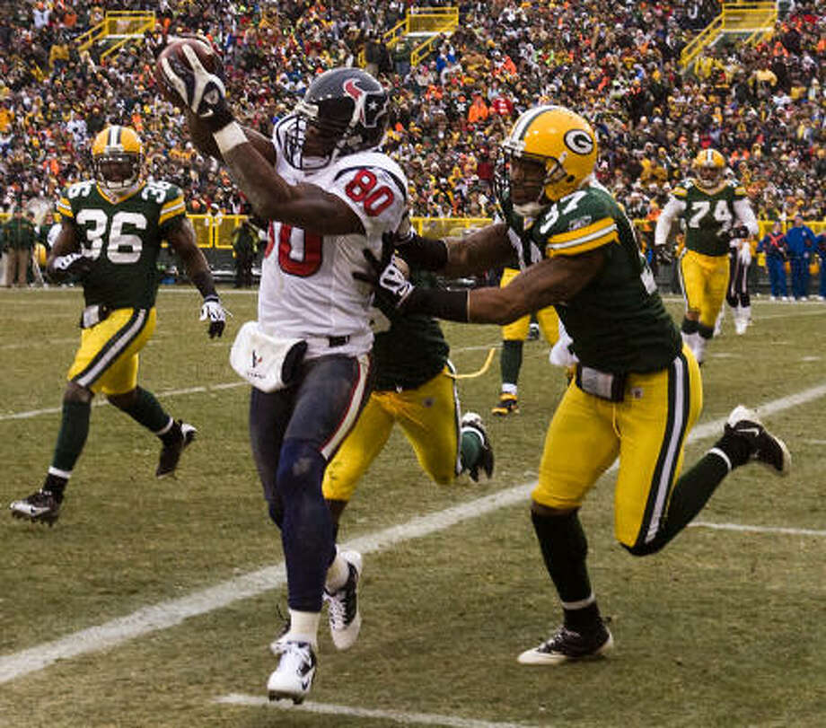 Texans wide receiver Andre Johnson is first in the NFL with 61 receiving first downs. Johnson ranks second with 1,201 receiving yards and second with 92 receptions. Johnson's average of 92.4 yards per game ranks third, and his 343 yards after the catch is eighth-highest in the league. Photo: Smiley N. Pool, Houston Chronicle