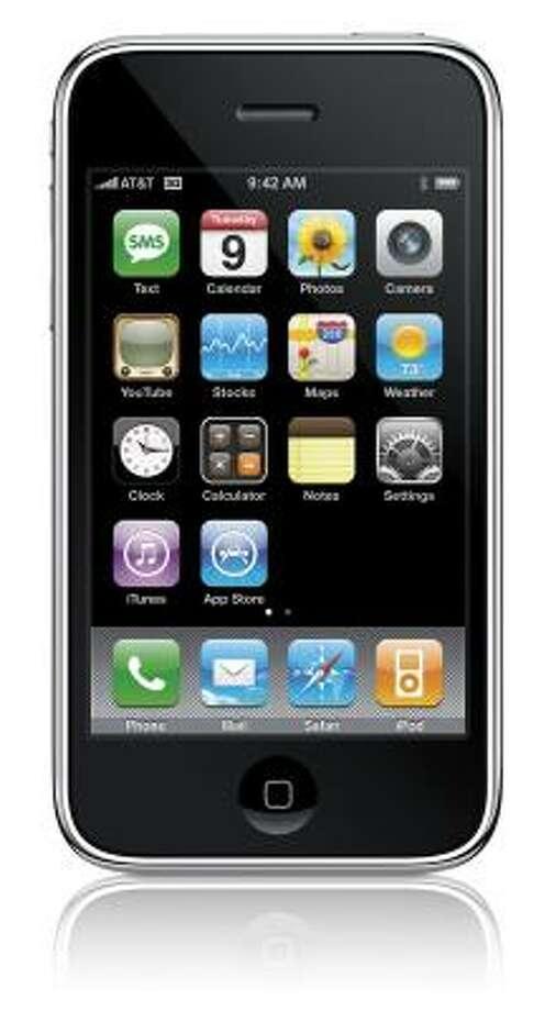 Iphone: El más pedido entre mis amigas. Más que un teléfono, es una aventura tecnológica con tantas variantes que es imposible aburrirse. Con este aparato puedes enviar emails, navegar por Internet, guiarte a cualquier dirección con su sistema GPS, escuchar tus archivos de música MP3, tomar fotos, hacer grabaciones, y la lista continúa. Costo: desde 199.99 dólares y requiere un contrato de servicio con AT&T (www.att.com) Photo: Apple Inc., AP
