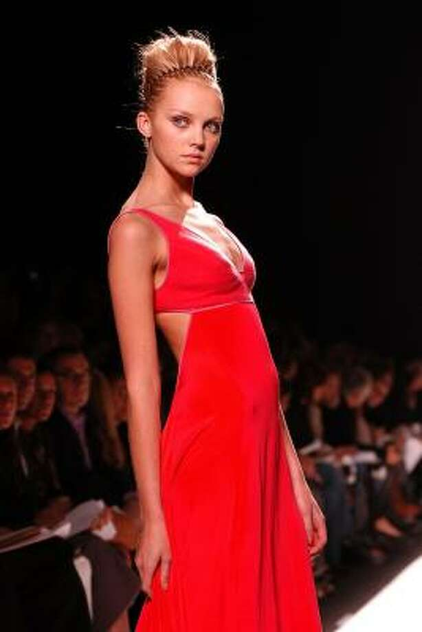 Fashion-industry giant rescues designer Narciso Rodriguez ...