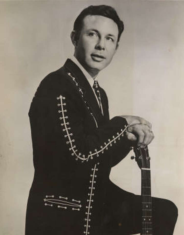 """July 31, 1964: Jim Reeves, a country balladeer known for """"Four Walls"""" and """"Welcome to My World,"""" was killed in the crash of a small plane in Nashville, Tenn. Photo: RCA"""