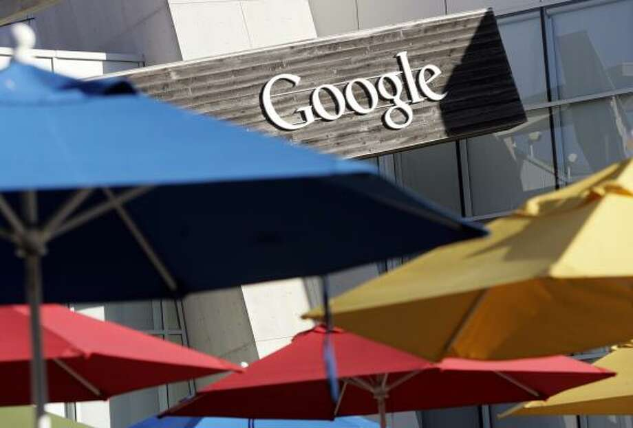 Google, based in Mountain View, Calif., has been cleared by federal regulators to purchase DoubleClick for $3.1 billion. Photo: PAUL SAKUMA, ASSOCIATED PRESS