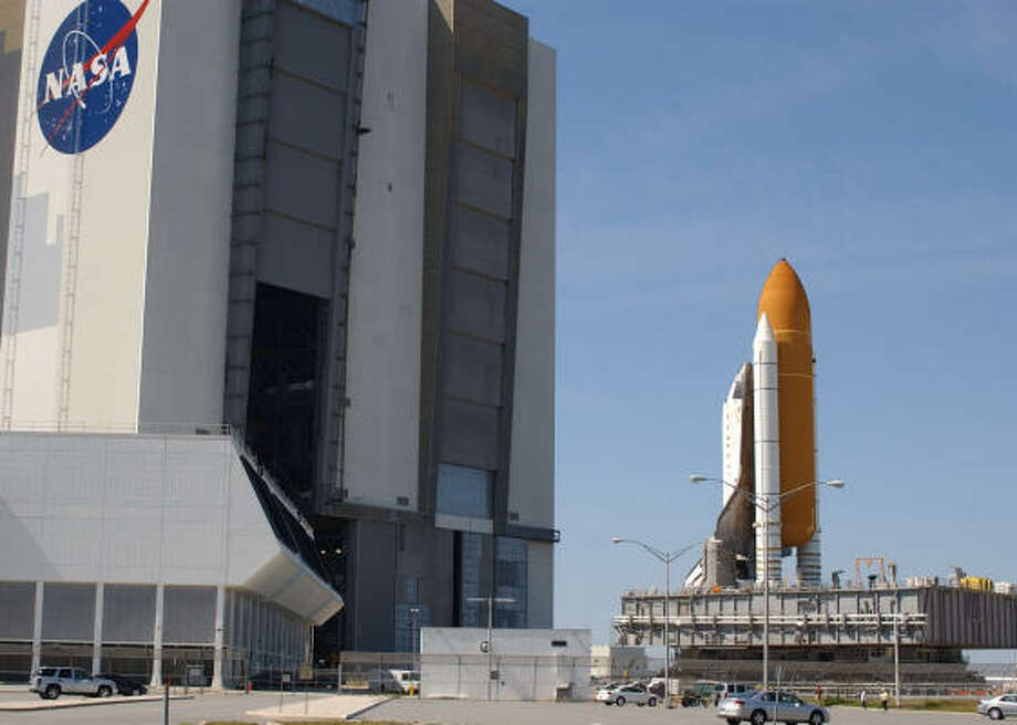 NASA will aim for an early June launch of Atlantis, its first space shuttle mission of 2007. Photo: Peter Cosgrove, AP