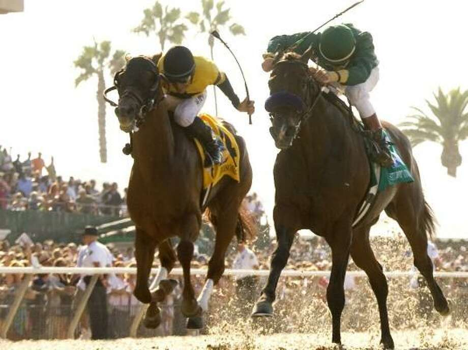 Student Council, right, beats fellow long shot Awesome Gem in the Grade 1 $1 million Pacific Classic on Sunday. Photo: BENOIT PHOTO