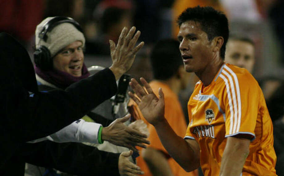 Brian Ching and the Dynamo have a lot on their plate while in Colorado, especially a game against the Rapids. Photo: Nathan Lindstrom, For The Chronicle