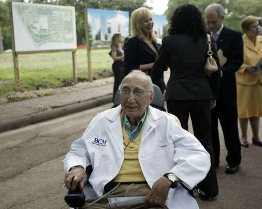 "Legendary surgeon and Baylor's chancellor emeritus, Michael DeBakey, said Baylor finally has ""control of its destiny."" Photo: Jessica Kourkounis, For The Chronicle"