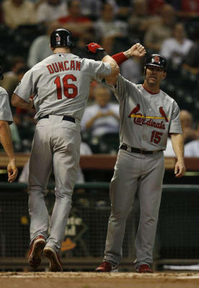 Chris Duncan (16) had a three-run homer for St. Louis in the first. Photo: Karen Warren, Chronicle