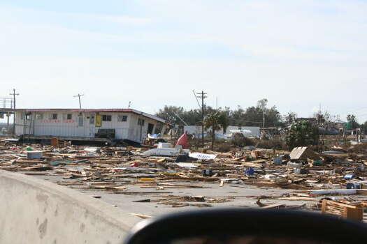 The former fishing camp/marina on I-45 in Galveston Photo: Gene Haddock, Chronicle Vice President, Circulation