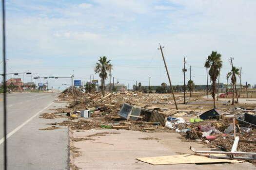 East Beach/Seawall in Galveston Photo: GEne Haddock, Chronicle Vice President, Circulation