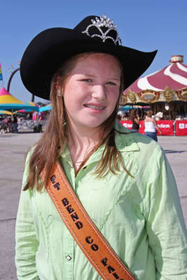 Katie Moore, 16, of Richmond and a junior at Foster High School was crowned 2008 Fort Bend County Fair queen at a September 26 coronation. Photo: Suzanne Rehak, For The Chronicle