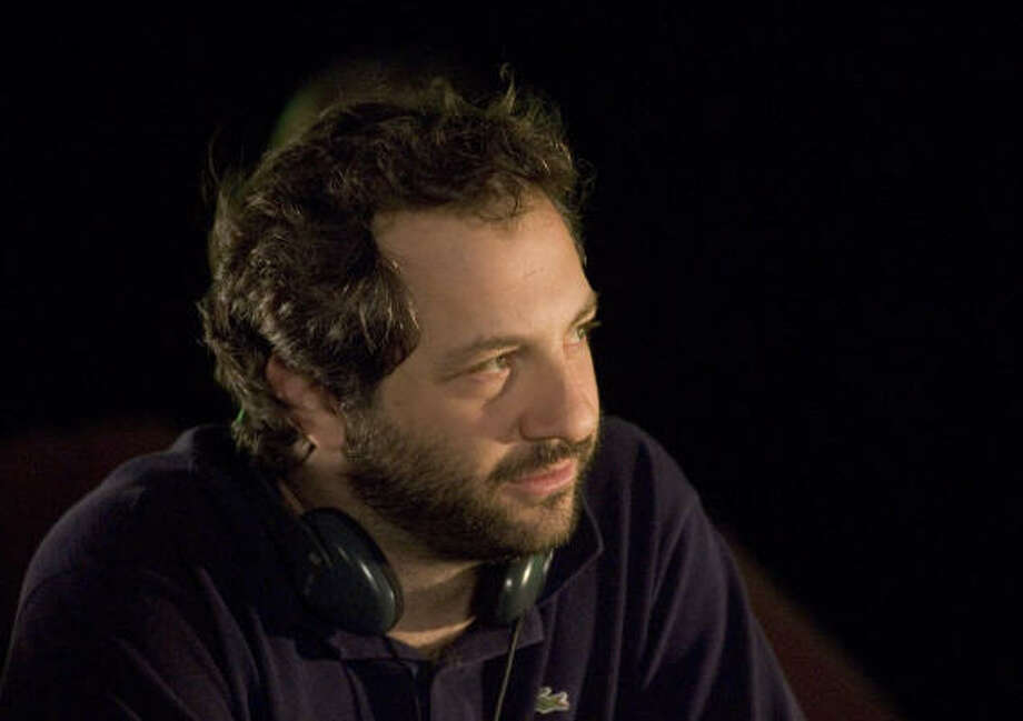 Judd Apatow works on the set of Knocked Up. Photo: Suzanne Hanover, Universal