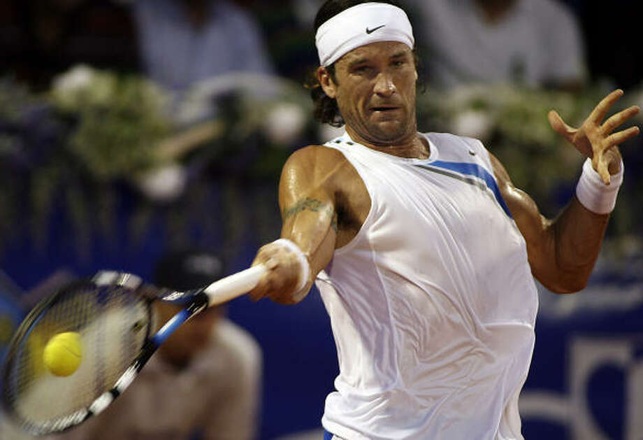 Carlos Moya will seek his fifth straight Croatia Open title when he plays Andrei Pavel on Sunday. Photo: HRVOJE POLAN, AFP/Getty Images