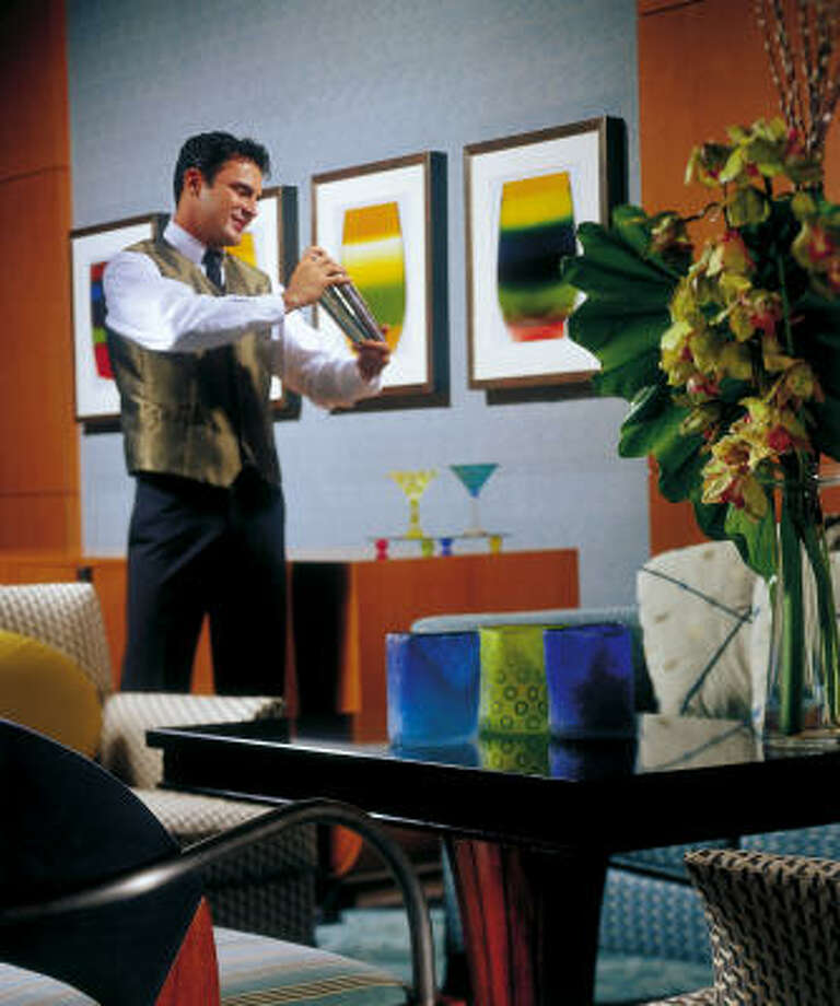 Savor a $150 martini at the Four Seasons Hotel Miami's 14-Thirty-Five bar. Photo: FOUR SEASONS HOTEL MIAMI