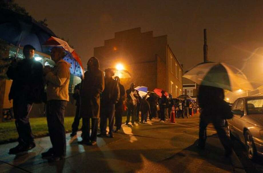 Voters line up before 6 a.m. in Richmond, Va. Photo: Eva Russo, AP