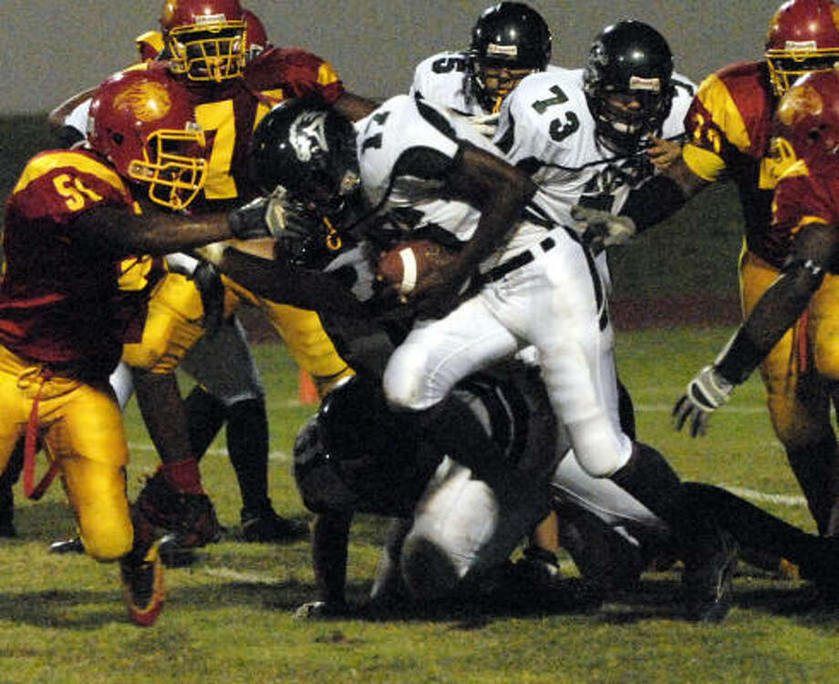 Austin senior tailback Joseph Cole will be looked upon to carry much of the Mustangs' scoring load in 2007. Photo: Kim Christensen, For The Chronicle