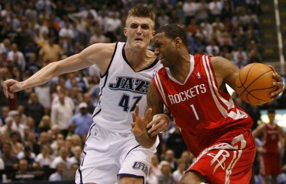 The Jazz's Andrei Kirilenko stuck close to Tracy McGrady in Game 6 on Thursday because he feared what might happen if the Rockets' star got on a roll. Photo: JAMES NIELSEN, CHRONICLE