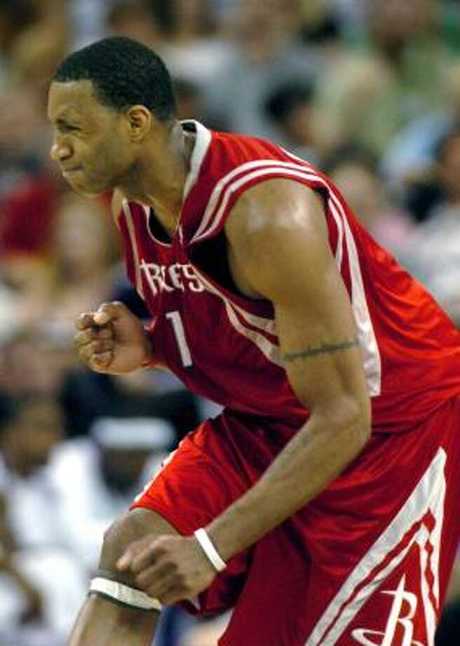 With his back problems behind him, Tracy McGrady has helped the Rockets win three straight. Photo: STEVE YEATER, ASSOCIATED PRESS