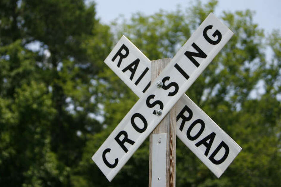 Railroad crossing sign at the intersection where the fatal accident occurred.