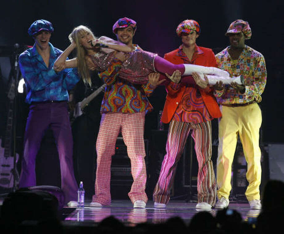 Hannah Montana performs at the Toyota Center during the Hannah Montana/Miley Cyrus Best of Both Worlds Tour, Sunday, Nov. 11, 2007. Photo: Karen Warren, Chronicle