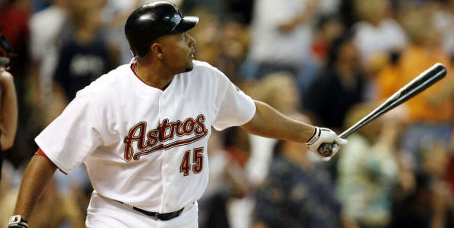 Carlos Lee drove in 16 percent of the Astros runs in 2007. Photo: James Nielsen, Chronicle